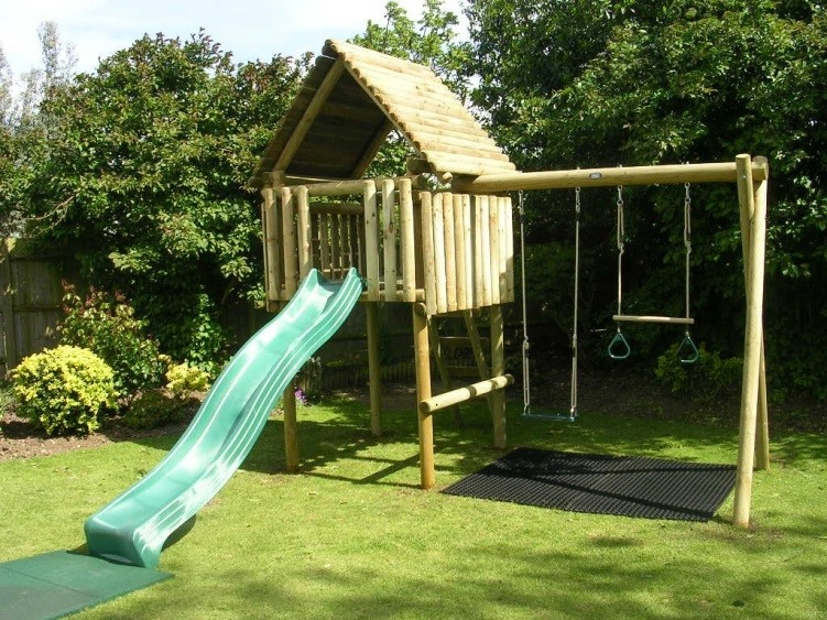 As well as retailing standard climbing frame products such as the TP Castlewood Tower  and the Houtland Space Shuttle, we offer customers a more flexible way to buy climbing frames through our in-house designed Langley Range of solid roundwood timber play equipment.